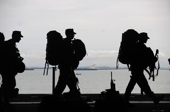 Десятиклассники готовятся к военной службе